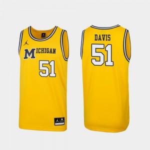 Maize Mens #51 Austin Davis Michigan Jersey 1989 Throwback College Basketball Replica